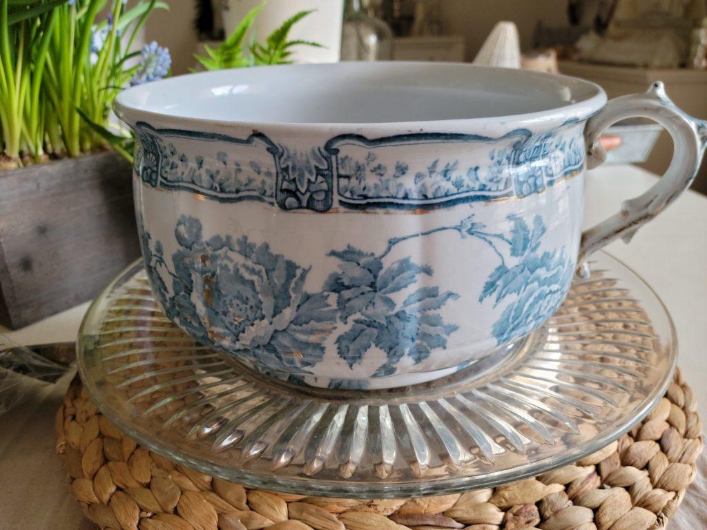 chamber pot, blue and white, transferware, ironstone, gold gild, antique, flower container, transferware, English ironstone