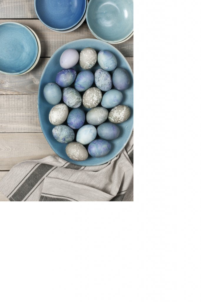Natural dyed eggs, using natural dyes for eggs, natural vegetable dyes,